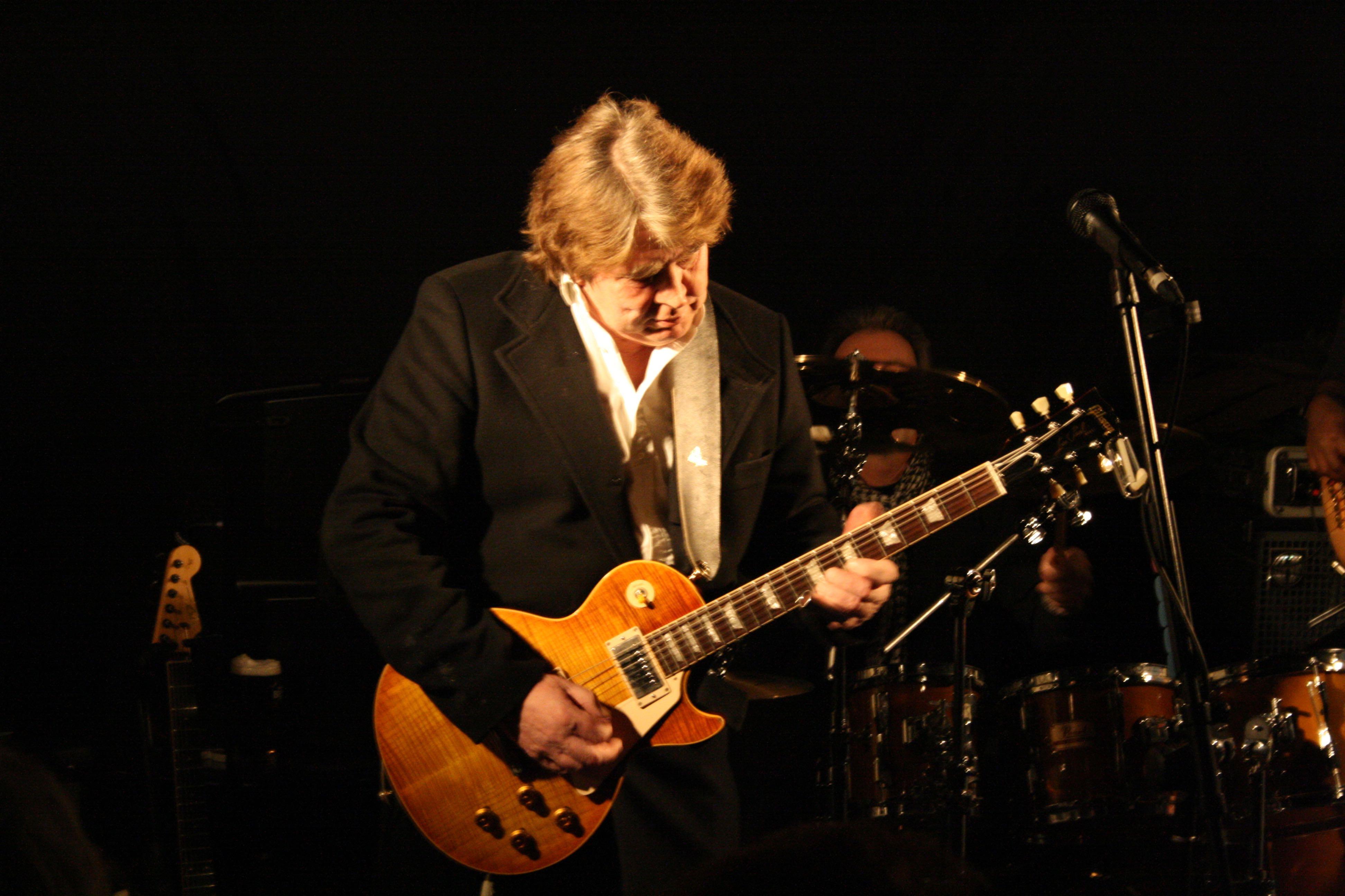 Mick Taylor/Mundell Music 2009