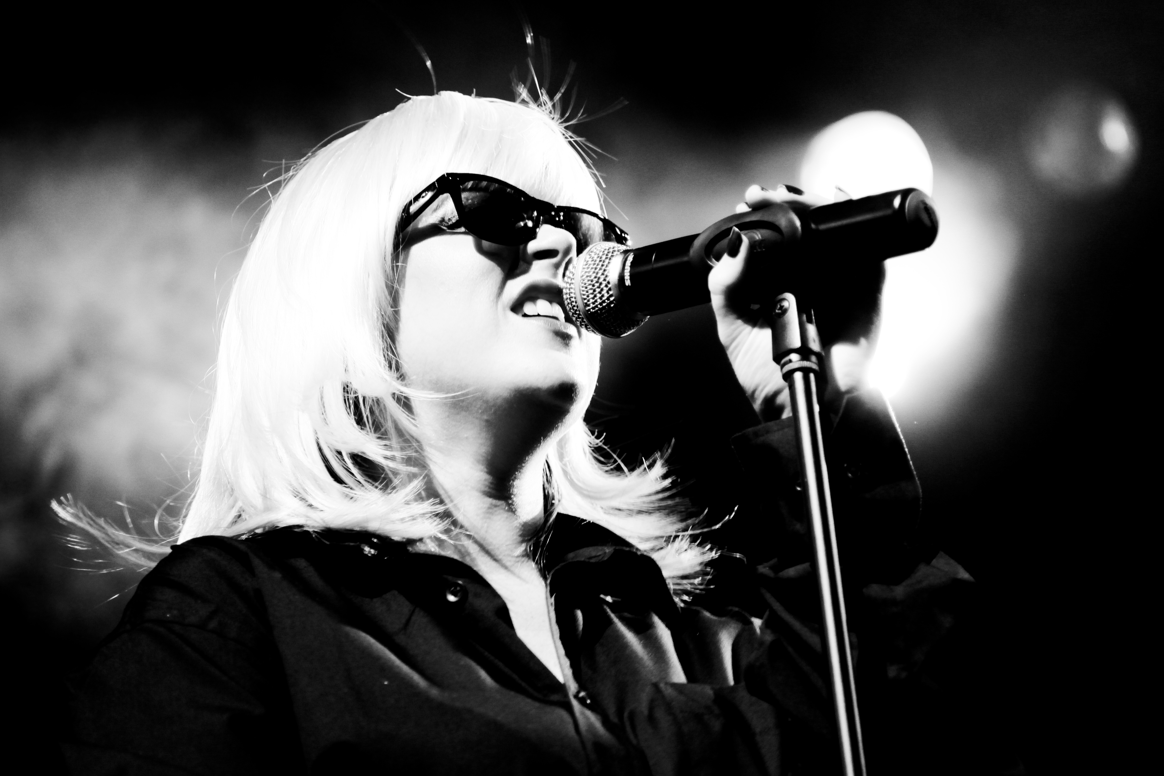 Atomic Blondie Live at The Green, Kinross