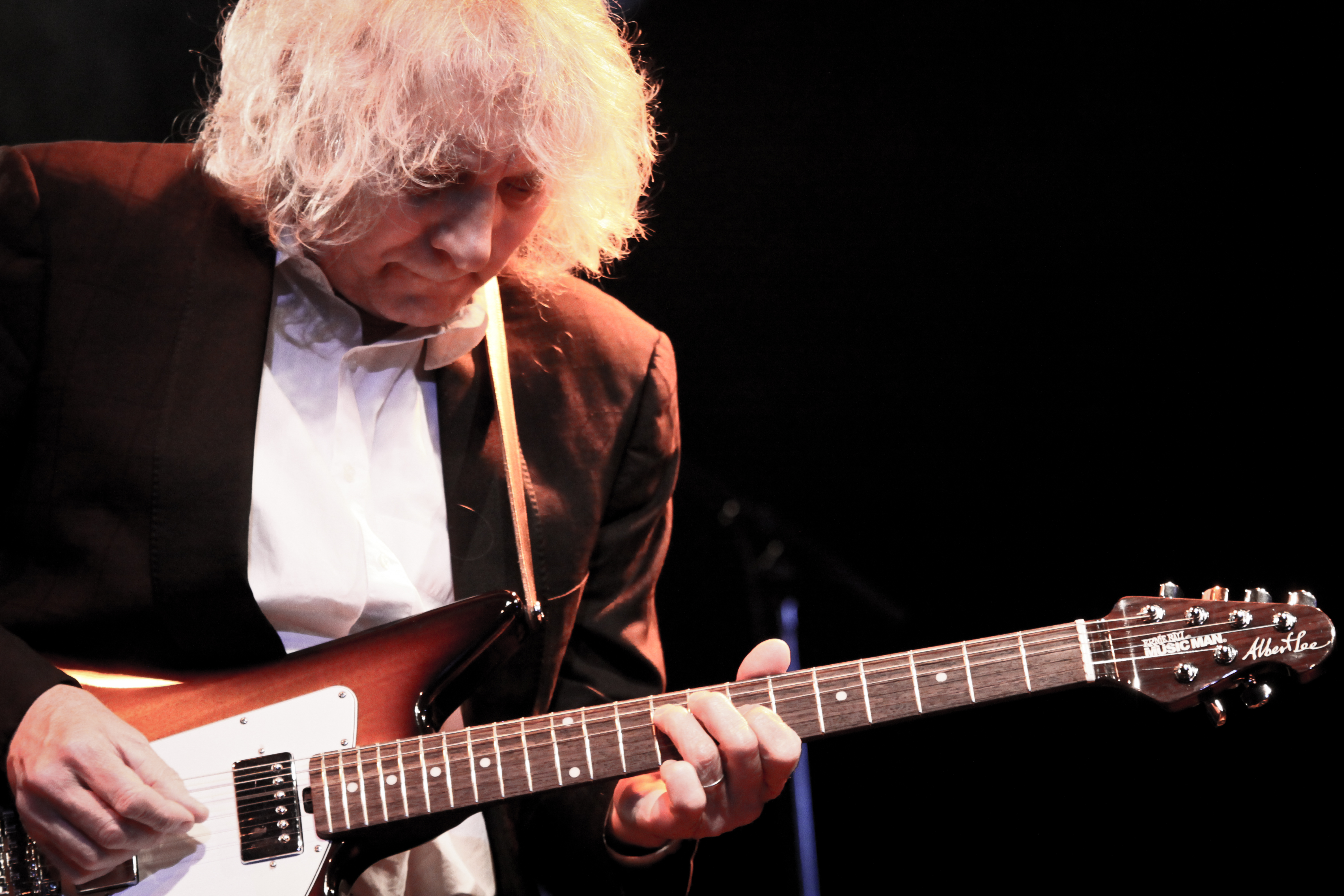 Albert Lee Comes To Kinross In May 2018
