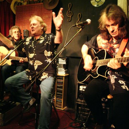 Acoustic Strawbs Play Backstage at The Green Hotel In Kinross