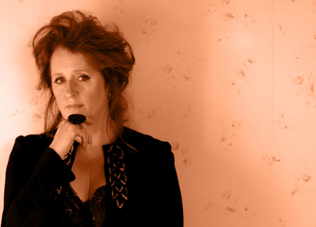 Mary-Coughlan Plays Backstage