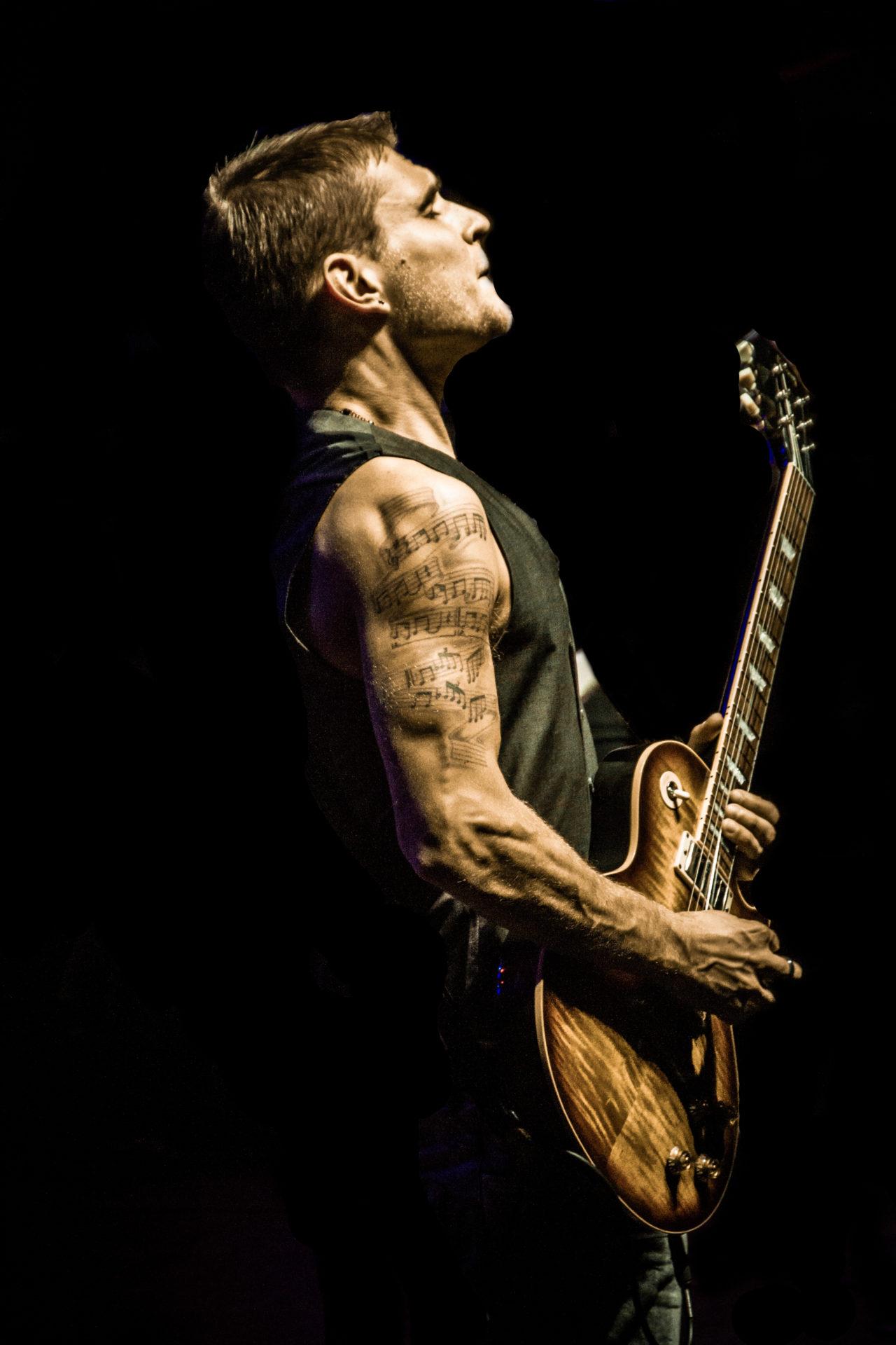 Ben Poole To Rock Backstage In November
