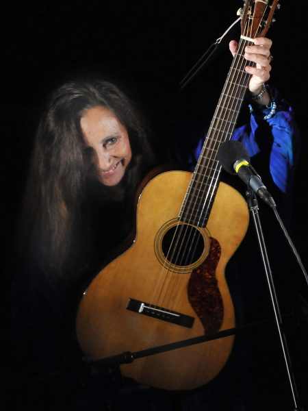 Julie Felix Plays Kinross in 2018 for Mundell Music