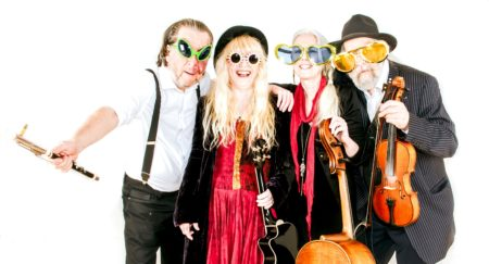 Wild Willy Barrett's Roaring Touring come to Kinross For EMS / Mundell Music