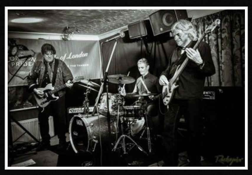 The Sharpeez play Backstage Kinross For Mundell Music