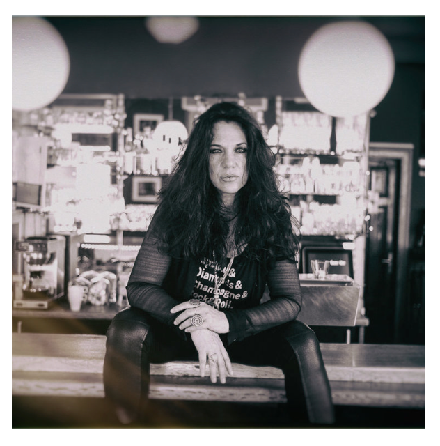Sari Schorr comes to Backstage Kinross