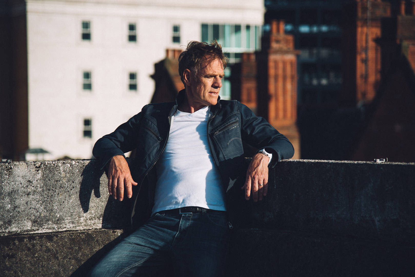 Backstage Kinross Welcomes Martyn Joseph